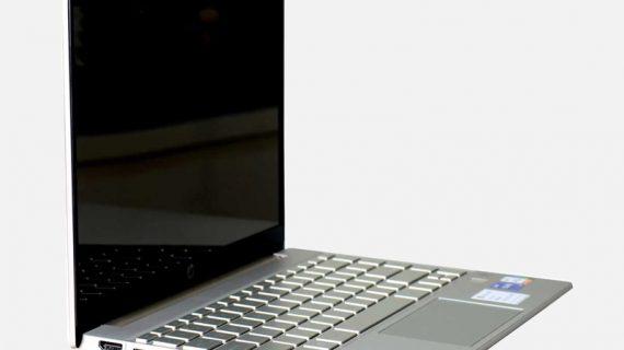 HP Pavilion 13-bb0071TU 13.3 Inch Silver Laptop